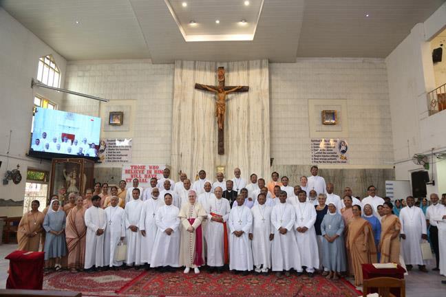 Meeting for Bishops Ordained below 10 years, in Mumbai